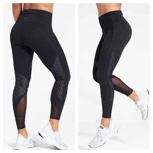 Athleta Precision 7/8 Tight Black